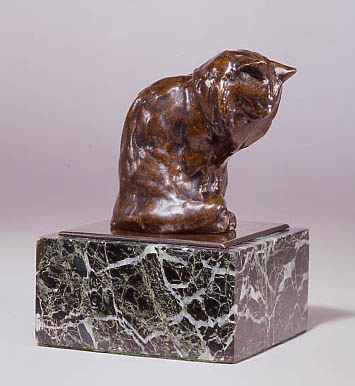 Cat Looking Down Statue, Theophile Steinlen