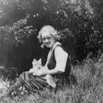 Bette Davis and cat, famous cat lovers