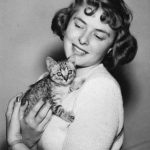 Ingrid Bergman, famous cat lovers