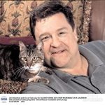 John Goodman and cat