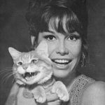 Mary Tyler Moore and cat