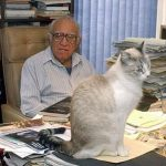 Carlos Monsiváis and cat