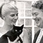 Elizabeth Jane Howard and Kingsley Amis and cat, famous cat lovers-writers