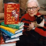 Lillian Jackson Braun and her cat