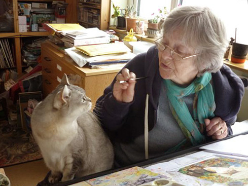 Lesley Anne Ivory Photo with Cat