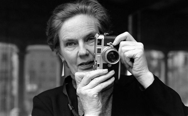 Photo of the photographer Martine Franck, cat lover