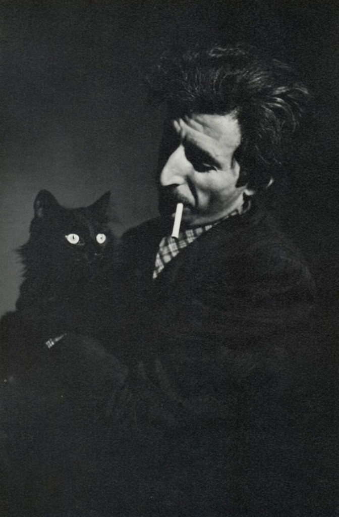 Gjon Mili me macen e tij